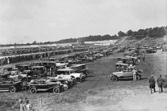 Crowds arrive for the first Grand Prix held on British soil