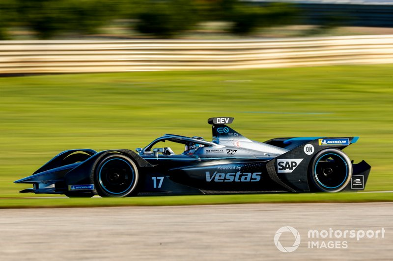 Команда Mercedes-Benz EQ Formula E (Германия)