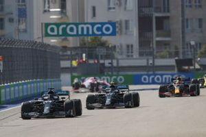 Lewis Hamilton, Mercedes F1 W11 Valtteri Bottas, Mercedes F1 W11 en Max Verstappen, Red Bull Racing RB16