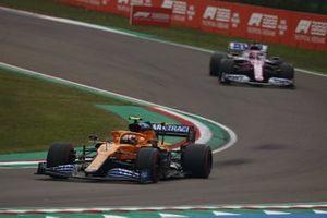 Lando Norris, McLaren MCL35, Sergio Perez, Racing Point RP20