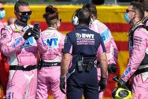 Racing Point mechanics on the grid