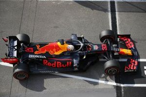 Red Bull Racing RB16, floor