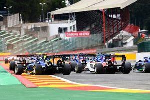 David Schumacher, Carlin, Roman Stanek, Charouz Racing System