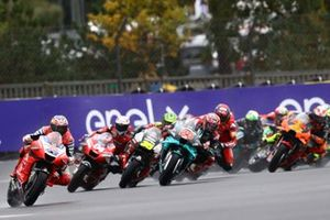 Jack Miller, Pramac Racing, Valentino Rossi, Yamaha Factory Racing crashes behind