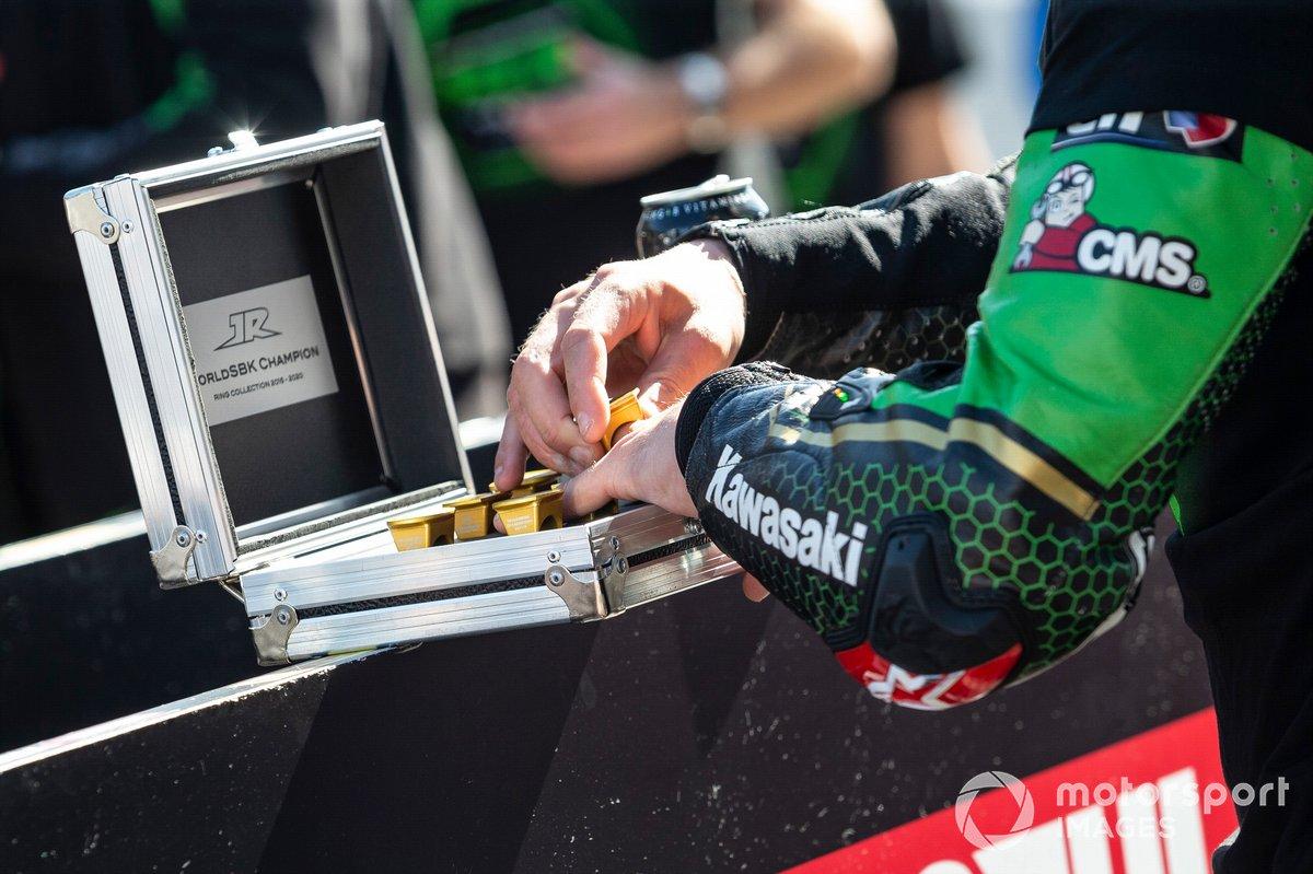 Jonathan Rea, Kawasaki Racing Team Campeón Mundial