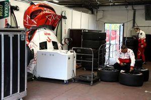 Garage of Robert Kubica, Orlen Team ART, BMW M4 DTM