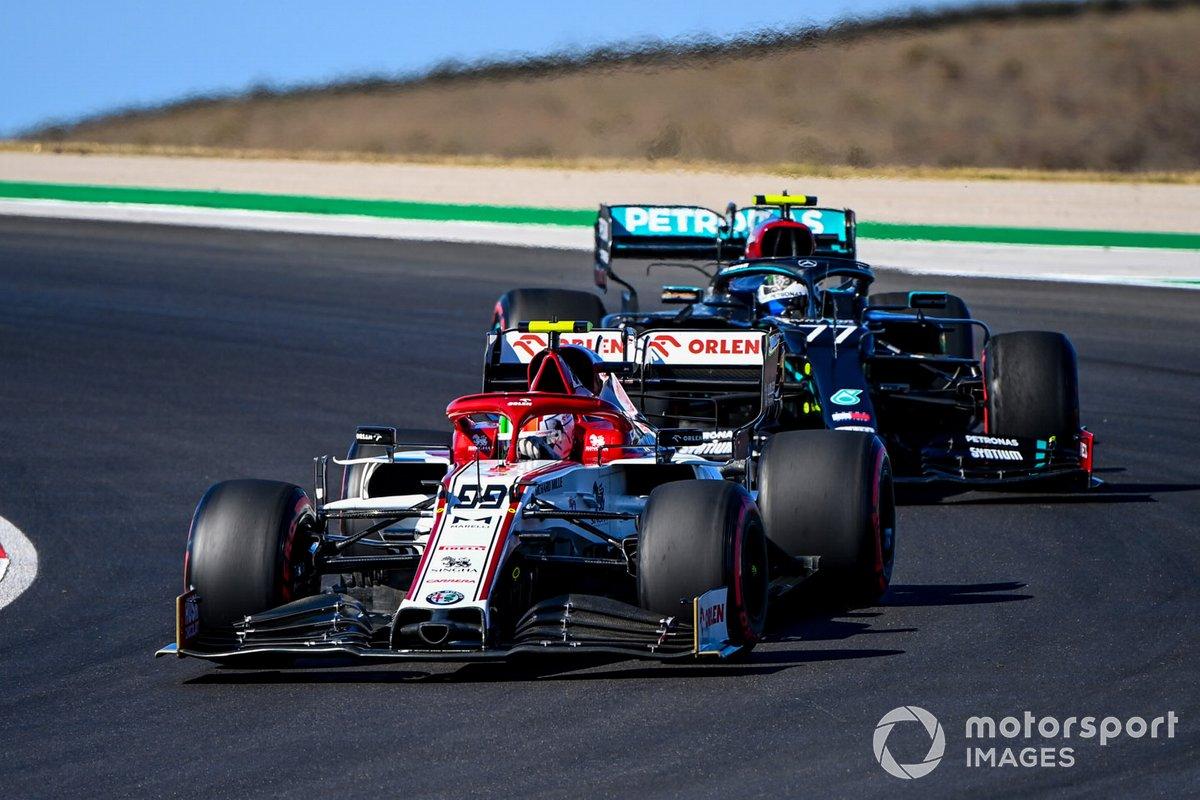 Antonio Giovinazzi, Alfa Romeo Racing C39, Valtteri Bottas, Mercedes F1 W11