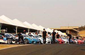 Carros da Porsche Cup Endurance no Velocitta
