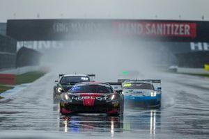#1 Squadra Corse Ferrari 488 GT3: Martin Fuentes, Alessandro Balzan, Mark Issa