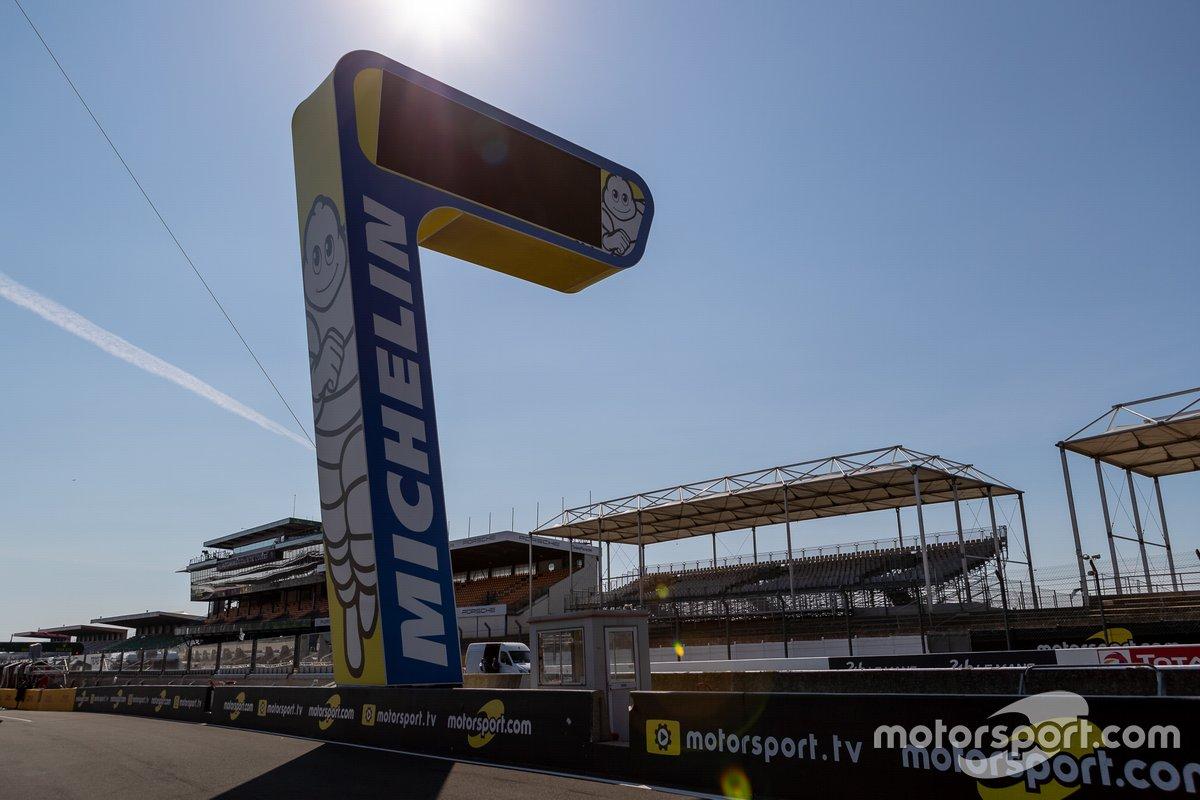 La torre Michelin en Le Mans