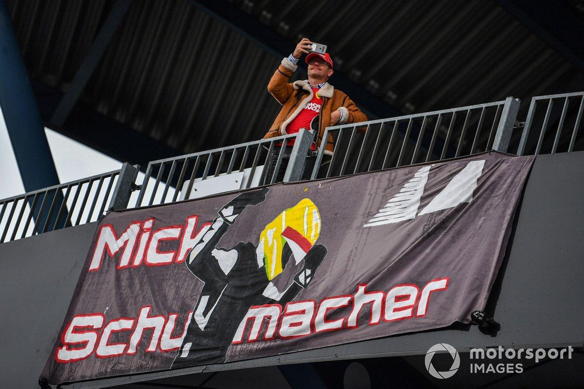 Apoyo para Mick Schumacher