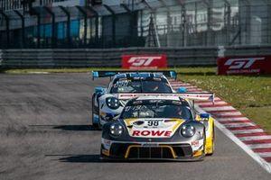 #98 ROWE Racing Porsche 911 GT3-R: Simona de Silvestro, Timo Bernhard, Jeroen Bleekemolen