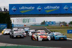 Arrancada Augusto Farfus, BMW Team RMG, BMW M4 DTM, Gary Paffett, Mercedes-AMG Team HWA, Mercedes-AMG C63 DTM