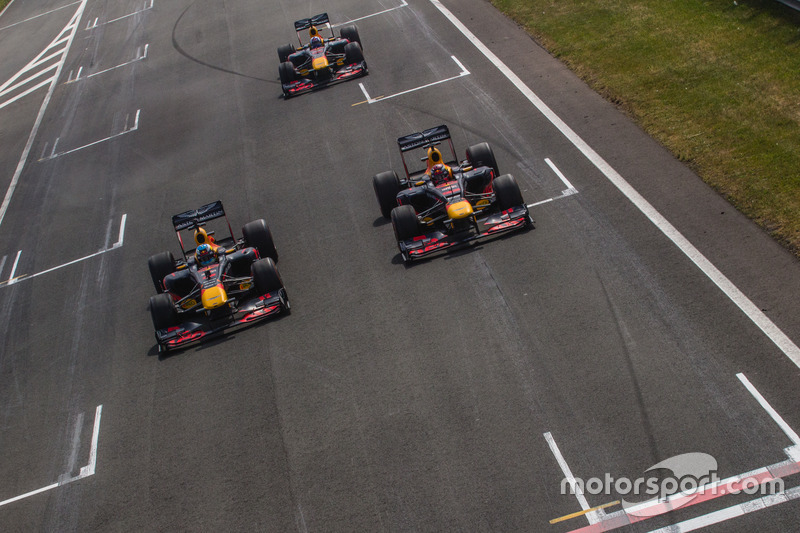 Daniel Ricciardo, Red Bull Racing RB7, Max Verstappen, Red Bull Racing RB8, and David Coulthard, Red Bull Racing RB7