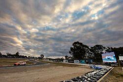 Tim Blanchard, Brad Jones Racing Holden Scott McLaughlin, DJR Team Penske Ford