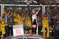 Erik Jones, Joe Gibbs Racing, Toyota Camry buyatoyota.com, celebrates in victory lane