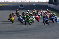 Aksi start race SuperSports 600cc