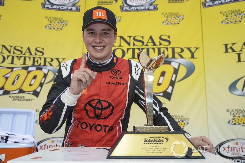 Na NASCAR Xfinity Series, Christopher Bell venceu a primeira da carreira na categoria, no Kansas.