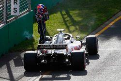 Romain Grosjean, Haas F1 Team VF-18 Ferrari, abandona