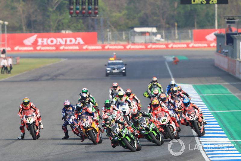 Jonathan Rea, Kawasaki Racing coge el liderato en la salida