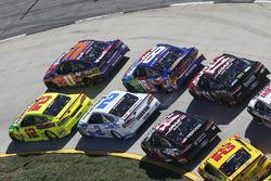 Ryan Blaney, Team Penske, Ford Fusion Menards/Libman Denny Hamlin, Joe Gibbs Racing, Toyota Camry Fe