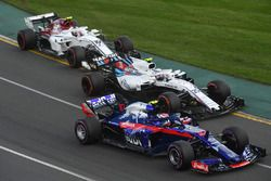 Pierre Gasly, Scuderia Toro Rosso STR13, Sergey Sirotkin, Williams FW41 and Charles Leclerc, Sauber C37