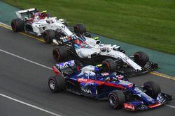 Pierre Gasly, Scuderia Toro Rosso STR13, Sergey Sirotkin, Williams FW41 and Charles Leclerc, Sauber