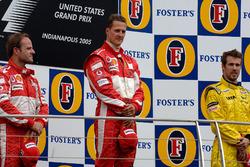 Podium: Race winner Michael Schumacher, Ferrari, second place Rubens Barrichello, Ferrari, third place Tiago Monteiro, Jordan