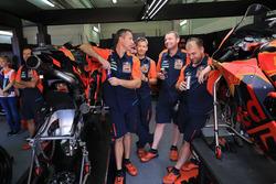 Механики Брэдли Смита, Red Bull KTM Factory Racing