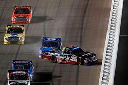 Crash: Ben Rhodes, ThorSport Racing Toyota, Austin Cindric, Brad Keselowski Racing Ford