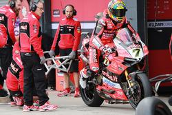 Chaz Davies, Aruba.it Racing-Ducati SBK Team Pirelli lastik değişikliği