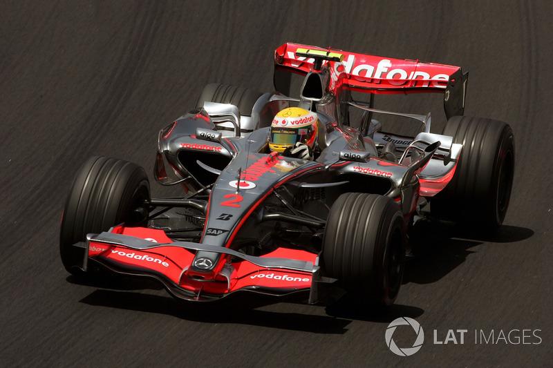 Lewis Hamilton chegou com tudo na F1