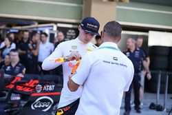 Max Verstappen, Red Bull Racing nella foto di gruppo del team Red Bull Racing