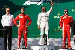 Winnaar Lewis Hamilton, Mercedes AMG F1, tweede Sebastian Vettel, Ferrari, derde Kimi Raikkonen, Ferrari