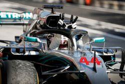 Winnaar Lewis Hamilton, Mercedes AMG F1 W09 in Parc Ferme