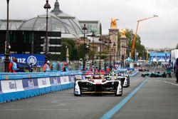 Daniel Abt, Audi Sport ABT Schaeffler, Lucas di Grassi, Audi Sport ABT Schaeffler, dans les stands
