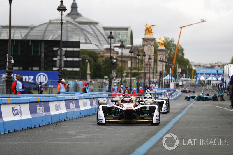 Daniel Abt, Audi Sport ABT Schaeffler, Lucas di Grassi, Audi Sport ABT Schaeffler, in pit lane