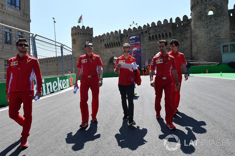 Track walk Sebastian Vettel, Ferrari
