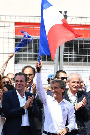 Alain Prost, conseiller spécial Renault Sport F1 Team sur la grille