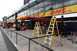 Red Bull Racing pit box preparations