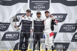 Dobogó: a győztes Yvan Muller, YMR Hyundai i30 N TCR, second place Thed Björk, YMR Hyundai i30 N TCR, third place Rob Huff, Sébastien Loeb Racing Volkswagen Golf GTI TCR