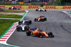 Fernando Alonso, McLaren MCL33, Lance Stroll, Williams FW41, Sergio Perez, Force India VJM11, Stoffel Vandoorne, McLaren MCL33, Marcus Ericsson, Sauber C37