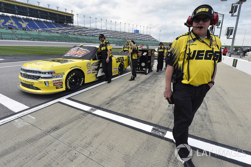 Terry Cook with Cody Coughlin, GMS Racing, Chevrolet Silverado Jeg's.com