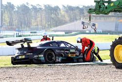 Вылет в гравий: Лукас Ауэр, HWA Team, Mercedes-AMG C63 DTM