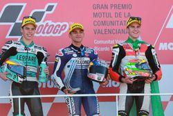 Podium : le deuxième, Joan Mir, Leopard Racing, le vainqueur Jorge Martin, Del Conca Gresini Racing Moto3, le troisième, Marcos Ramírez, Platinum Bay Real Estate