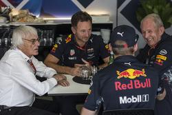 Bernie Ecclestone, Christian Horner, Red Bull Racing Takım Patronu, Max Verstappen, Red Bull Racing ve Dr Helmut Marko, Red Bull Motorsporları Danışmanı