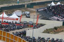 Un parking à motos