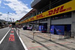 Scuderia Toro Rosso pit box