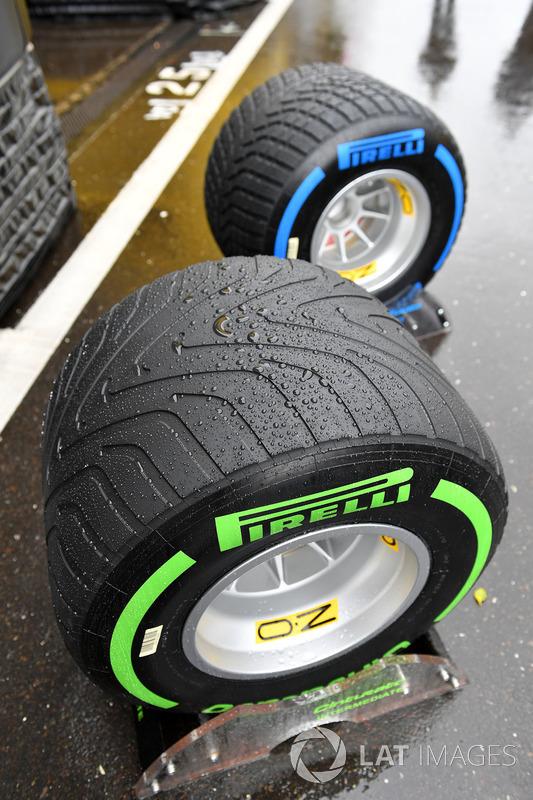 Intermediate and wet weather Pirelli tyres and rain