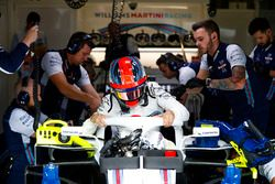 Robert Kubica, Williams FW41, climbs out of his car
